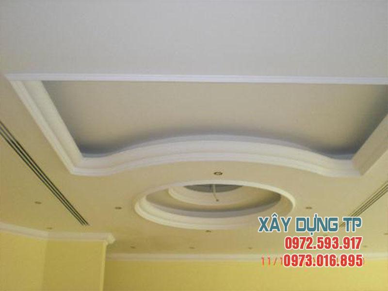 Mẫu 19: Trần thạch cao phòng khách hiện đại 2018