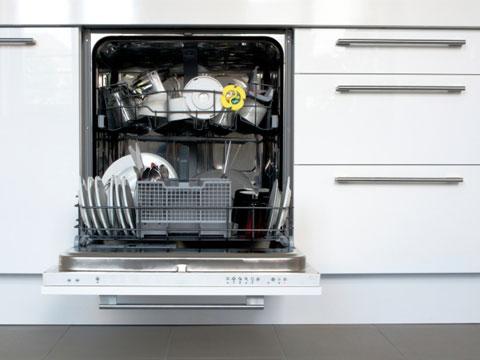 Nguồn điện cung cấp phải đáp ứng được hoạt động của các thiết bị trong phòng bếp