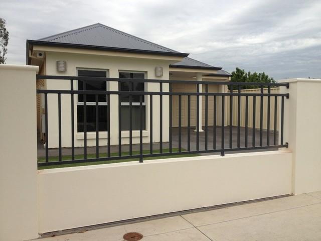 4. Mẫu hàng rào sắt đẹp