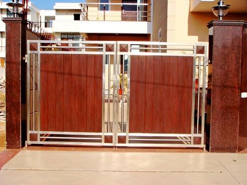nhung-mau-cong-sat-dep-13 Các mẫu cổng sắt đẹp cho việc xây nhà mới