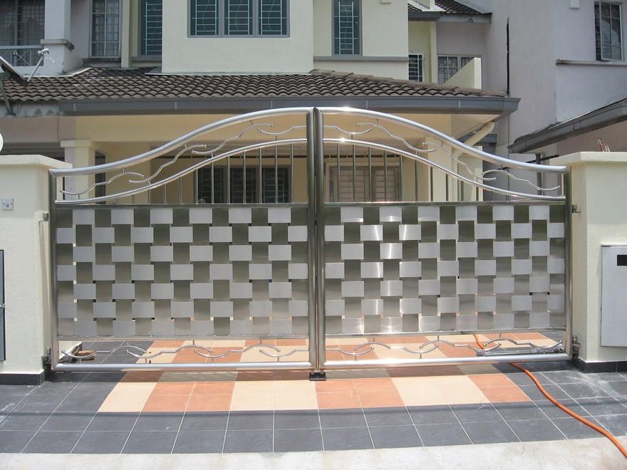 Các mẫu cổng sắt đẹp cho việc xây nhà mới
