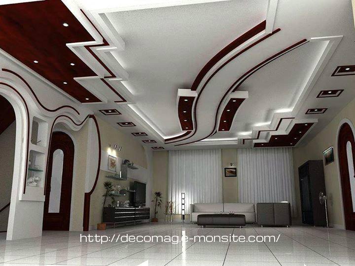 4. Mẫu trần thạch cao phòng khách giật cấp cầu kỳ và nhiều chi tiết