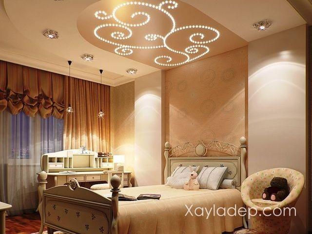 05 | Mẫu trần nhà đẹp với ánh sáng cách điệu