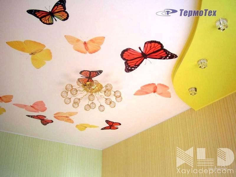 5 | Mẫu trần thạch cao phòng ngủ trẻ em với những cánh bướm xinh xinh