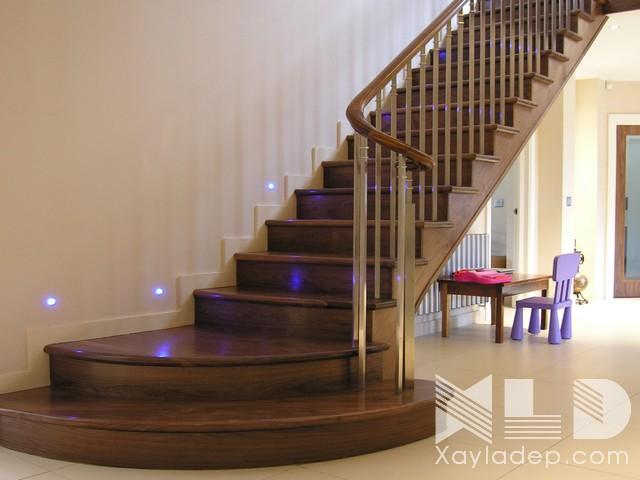 mau-cau-thang-go-13 30 Mẫu cầu thang gỗ đẹp hiện đại và sang trọng