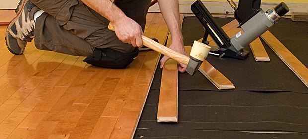 Sửa chữa sàn gỗ là sự khác biệt giữa 2 dòng sản phẩm