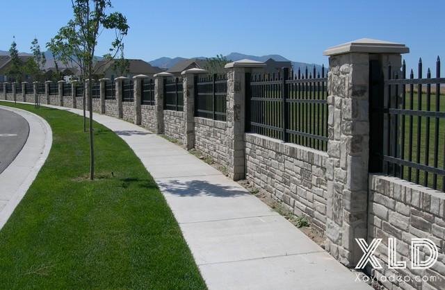 Hình 11: hàng rào biệt thự