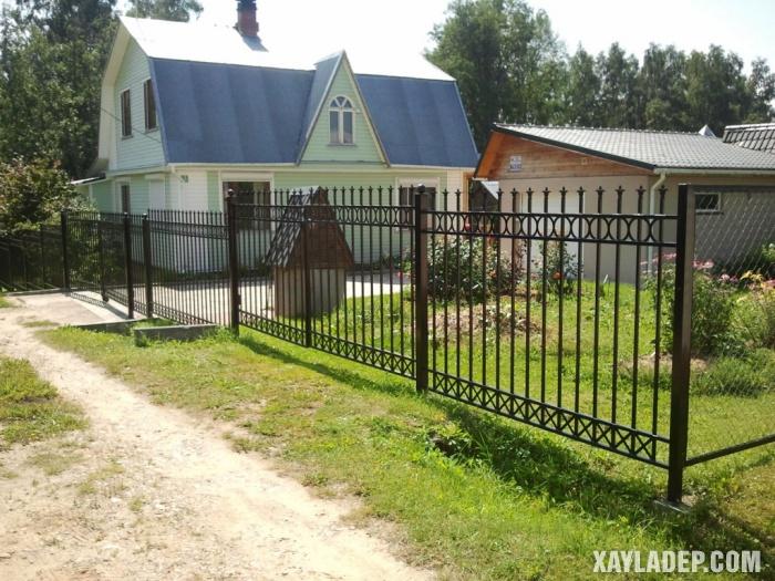 Hình 3: mẫu hàng rào biệt thự đẹp