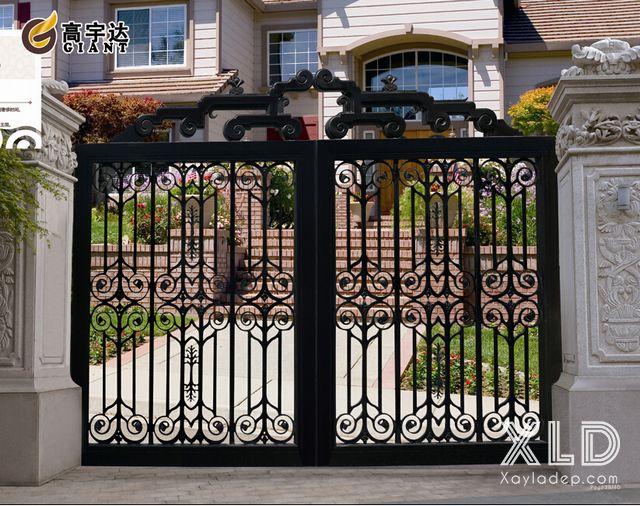 Việc lựa chọn các mẫu cổng sắt đẹp vừa tùy thuộc vào gia chủ cũng như sự tư vấn của các kiến trúc sư