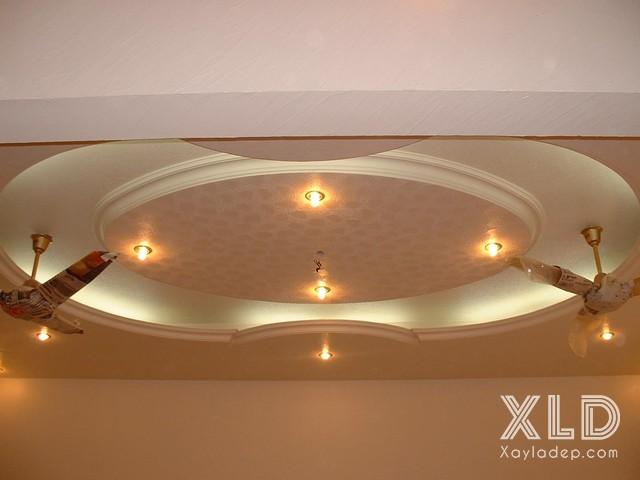 mau-tran-thach-cao-ket-hop-quat-tran-7 10 thiết kế trần thạch cao ấn tượng kết hợp với quạt trần
