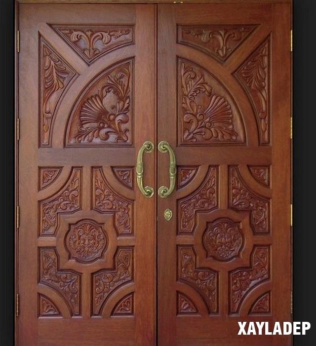 các mẫu cửa gỗ thường được yêu thích bởi nét truyền thống, kèm theo đó thiết kế của nó phải vững chãi và an toàn.