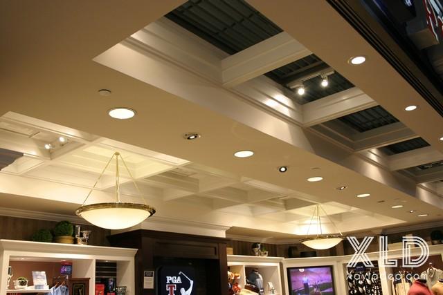 tran-thach-cao-cho-cua-hang-showroom-14 20 Mẫu trần thạch cao tuyệt đẹp cho cửa hàng - showroom - shop