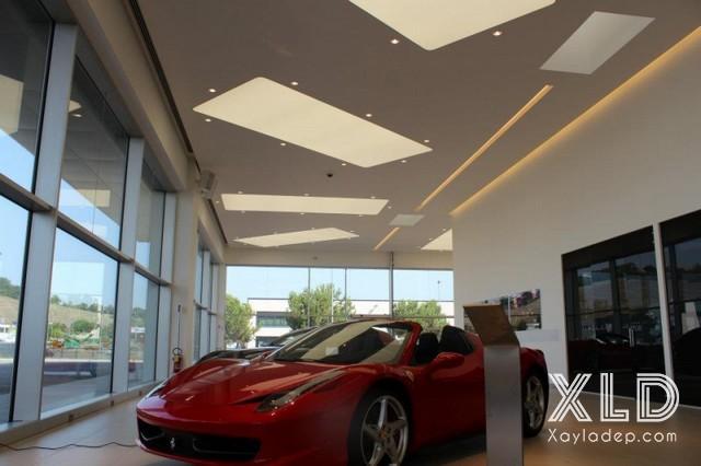 tran-thach-cao-cho-cua-hang-showroom-5 20 Mẫu trần thạch cao tuyệt đẹp cho cửa hàng - showroom - shop