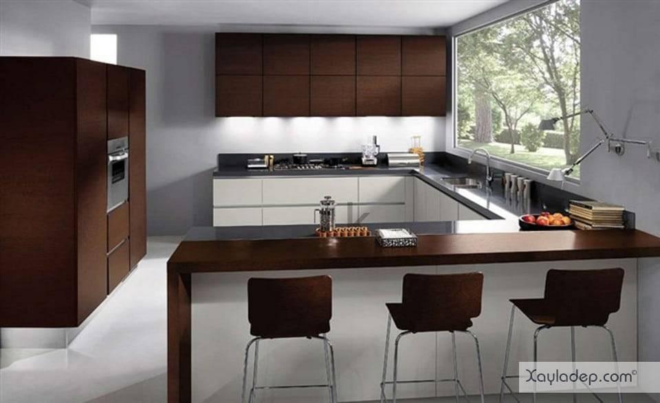 4. tủ bếp gỗ tự nhiên cũng là một lựa chọn dành cho các gia đình