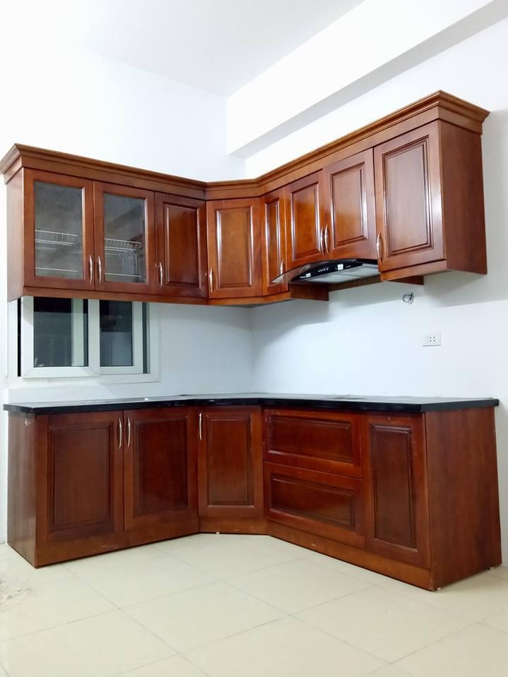 2. Mẫu tủ bếp gỗ đẹp bằng gỗ tự nhiên