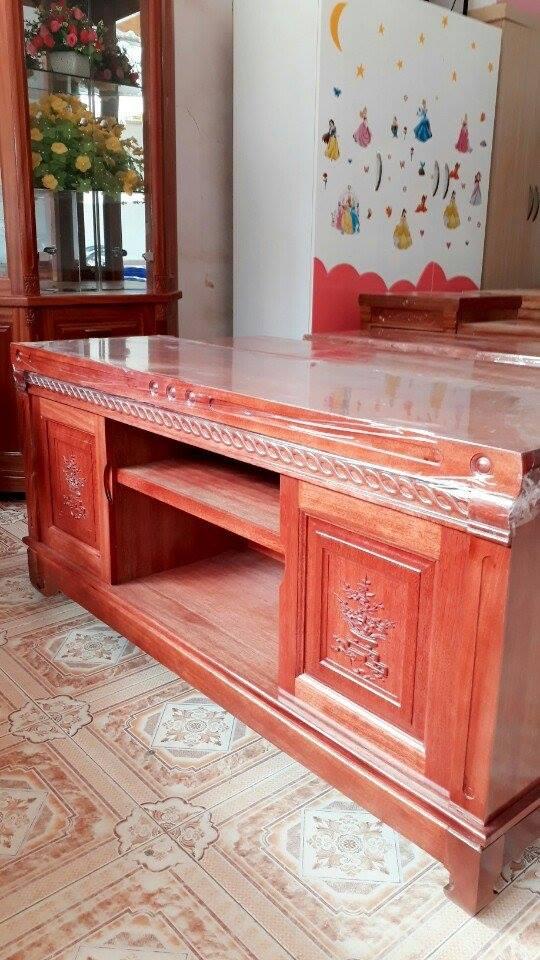 25 | kệ tivi phòng khách bằng gỗ