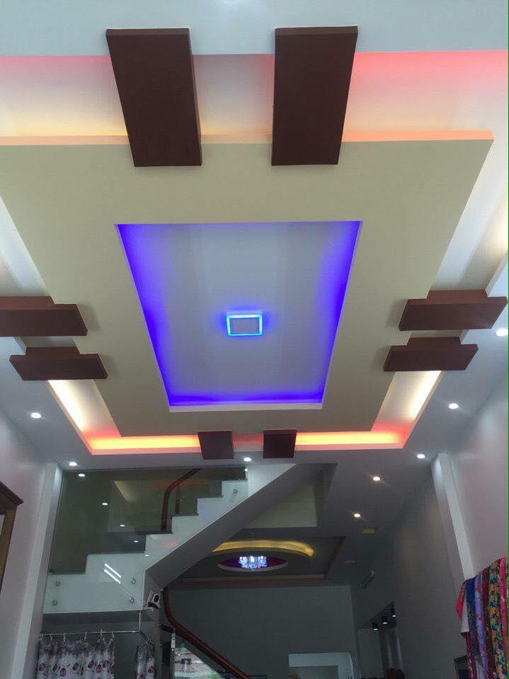 18. Mẫu trần thạch cao phòng khách hiện đại