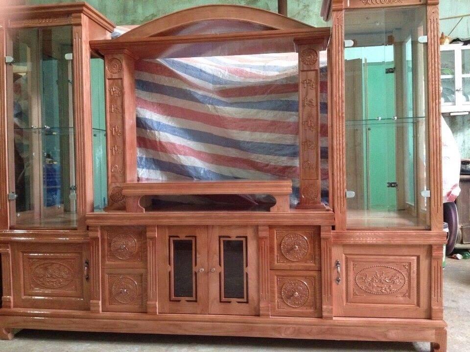Hình 11: Tủ tivi bằng gỗ