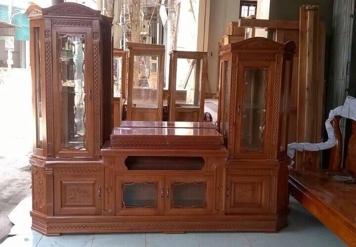 Hình 2: Kệ tủ tivi gỗ