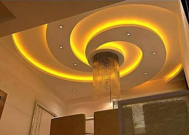Màu vàng mang đến một cảm giác năng động và sáng tạo cho căn phòng
