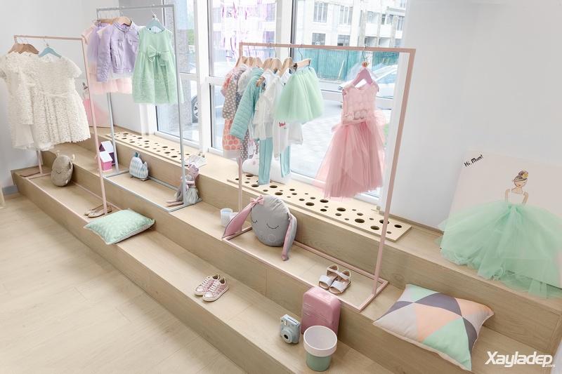 """shop quần áo trẻ em, """"Hi, Mom"""" – Mẫu thiết kế shop quần áo trẻ em tuyệt đẹp phong cách Bắc Âu, Nhà đẹp"""