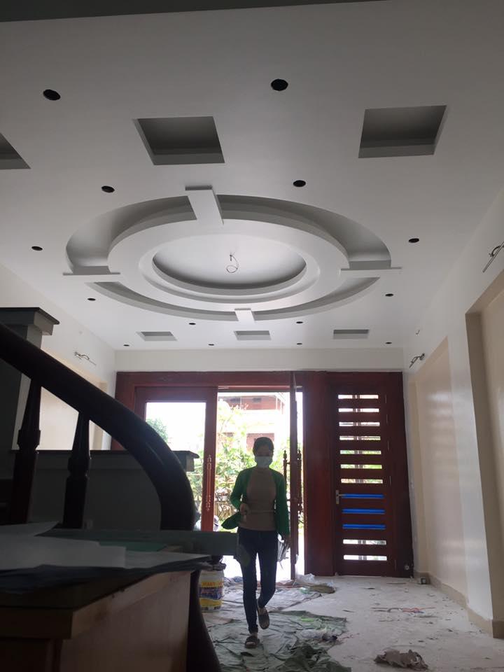12 Mẫu trần thạch cao phòng khách nhà ống chung cư 2018. Ảnh 09