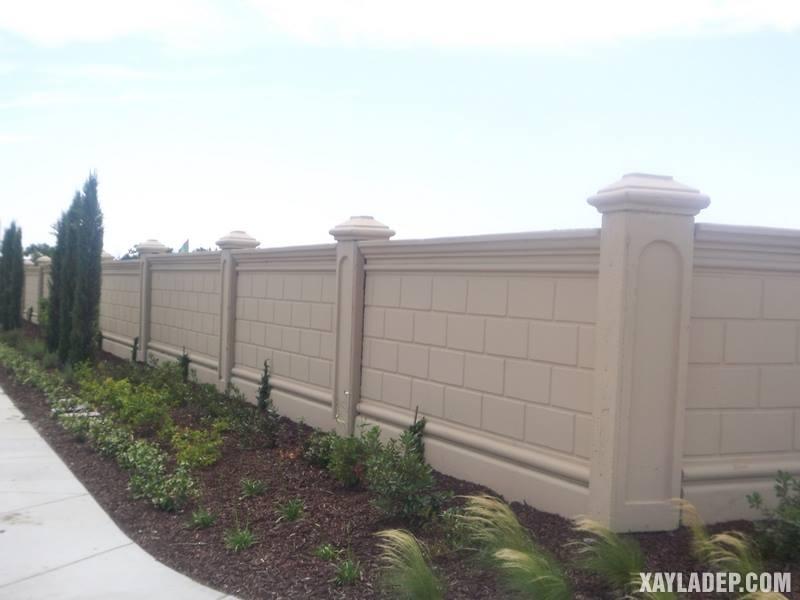 Mẫu hàng rào bê tông đẹp. Ảnh 17