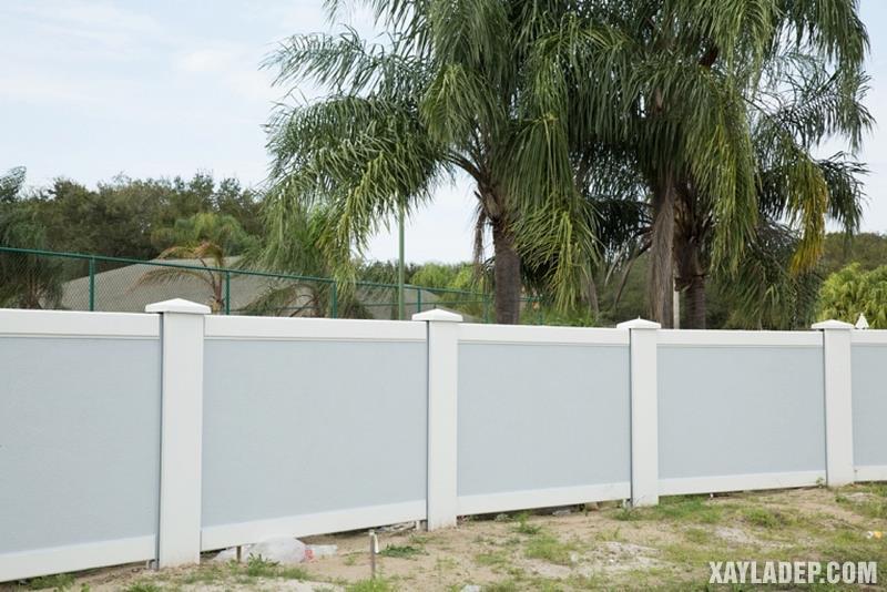 Mẫu hàng rào bê tông đẹp. Ảnh 20
