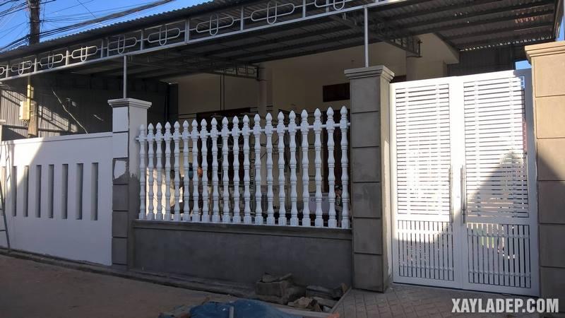 Mẫu hàng rào bê tông đẹp. Ảnh 07