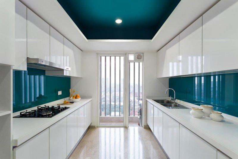 Không gian phòng bếp chung cư hiện đại với màu xanh mòng két thời thượng