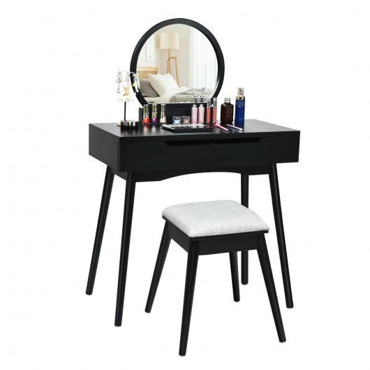 Sự đơn giản đến từ màu đen huyền bí nhưng cũng đủ là nơi trưng bày sản phẩm làm đẹp