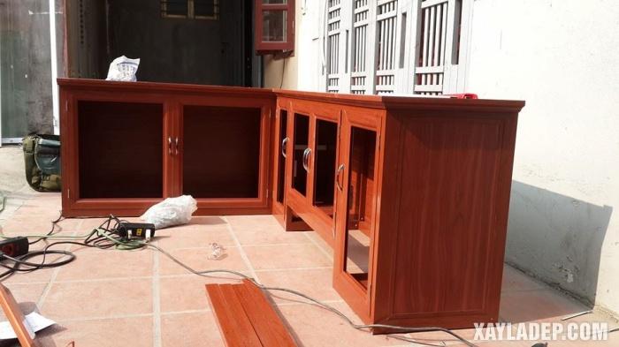 Hình 1: mẫu tủ bếp nhôm kính vân gỗ đẹp