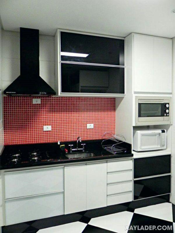 Mẫu tủ bếp nhôm kính treo tường
