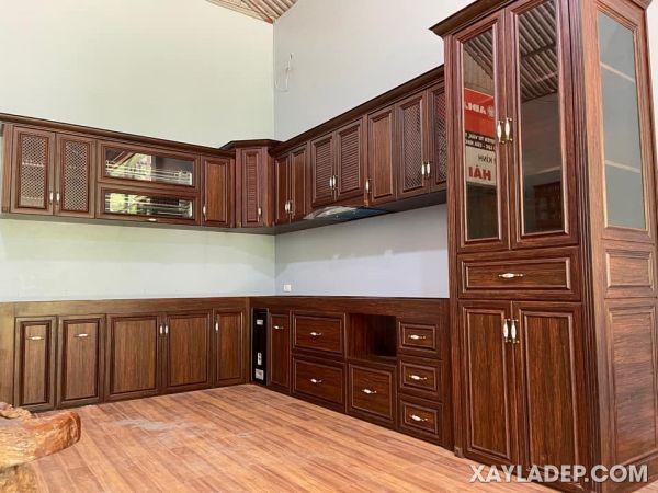 Mẫu tủ bếp nhôm kính nội thất cao cấp Queen