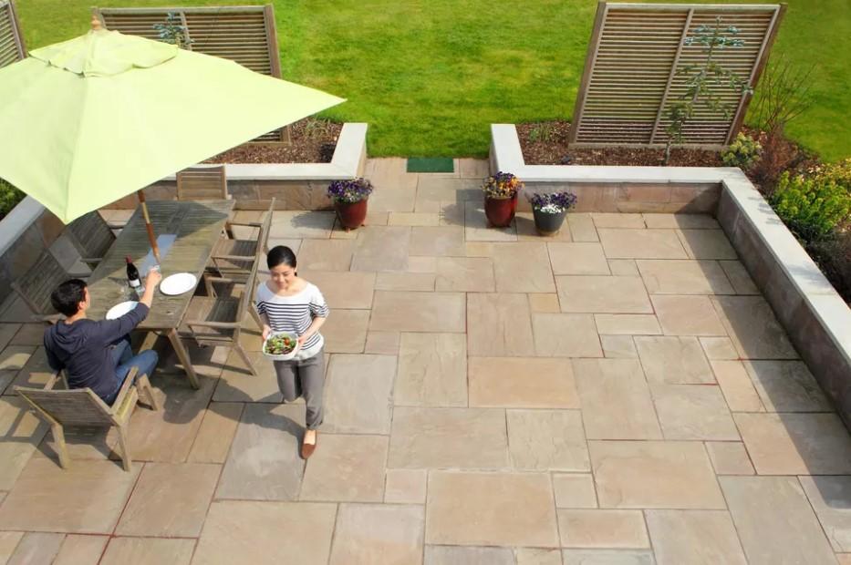 Các loại gạch bạn có thể sử dụng cho sân vườn ngoài trời