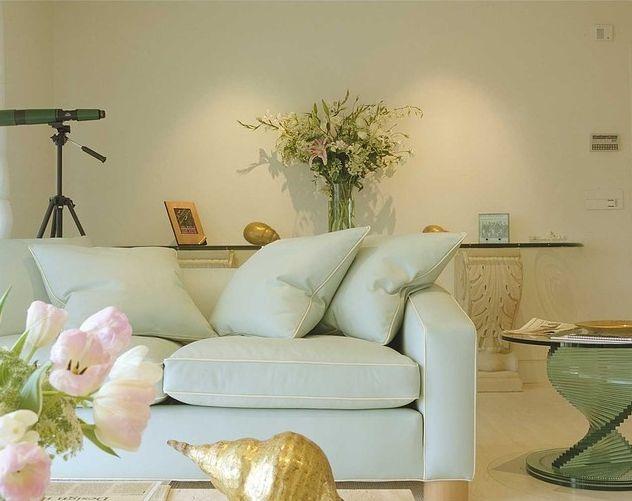 Cách chọn màu ghế sofa phù hợp cho phòng khách của bạn mau ghe sofa dep 2