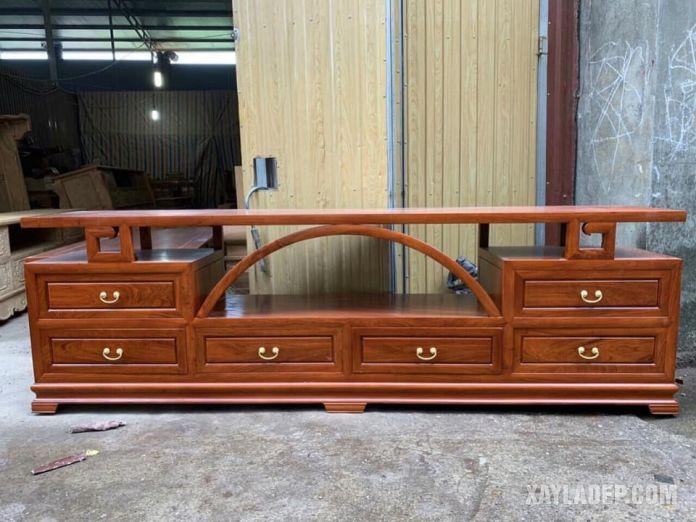 mẫu kệ tivi đẹp bằng gỗ hương 2021