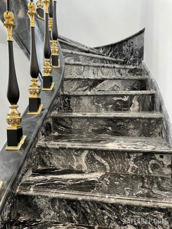 Mẫu lan can cầu thang inox 304 mạ sơn đen - vàng đồng