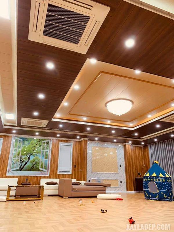 Mẫu trần nhựa đẹp 2021 cho phòng khách lớn