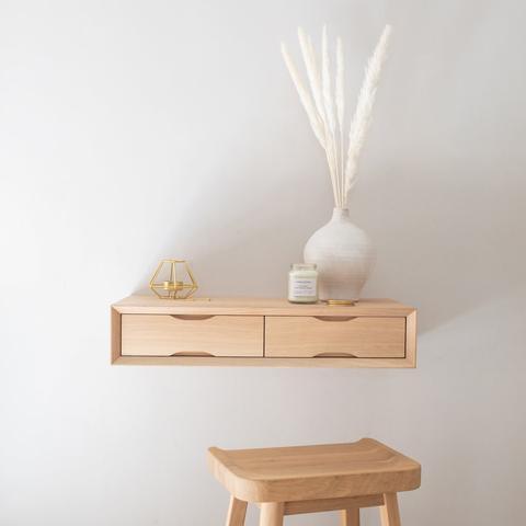 Mẫu bàn trang điểm treo tường đơn giản tinh tế