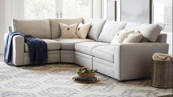 Ghế sofa tùy chỉnh tốt nhất. Ảnh ceramicbarn.com