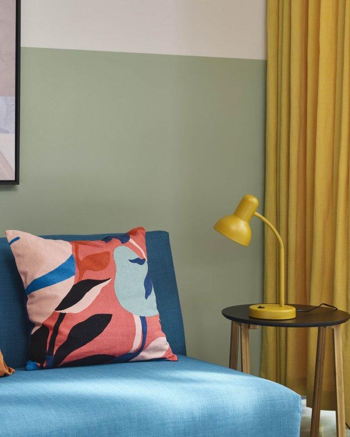 ghế sofa màu xanh từ john lewis