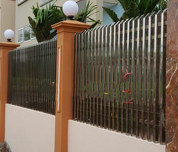 mẫu cổng hàng rào inox