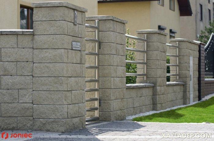 3   hàng rào sắt chống trộm