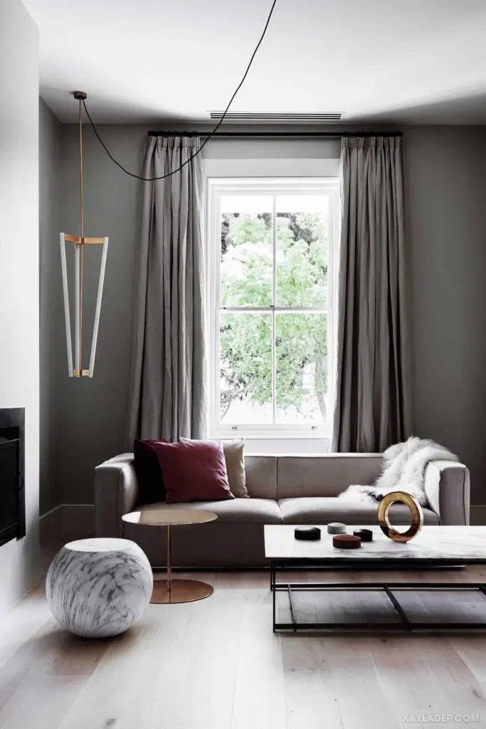 40 Ý tưởng trang trí phòng khách nhà tông màu trắng xám, xám tro phong khach nha tong mau trang xam 13
