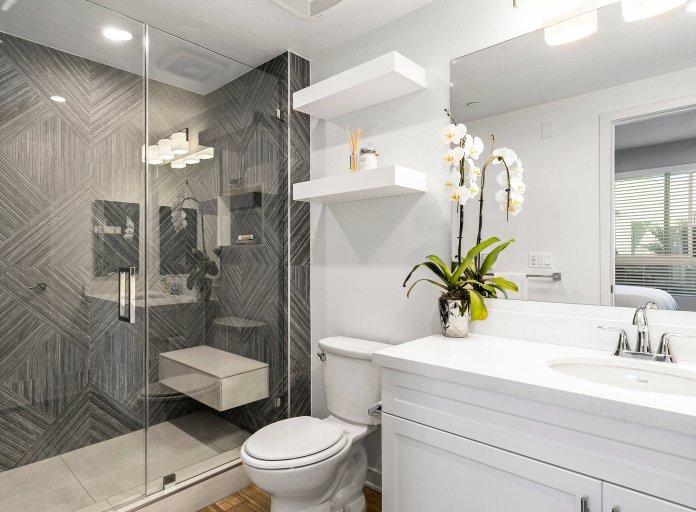 8 Ý tưởng thiết kế phòng tắm 4m2 tiết kiệm tối đa không gian