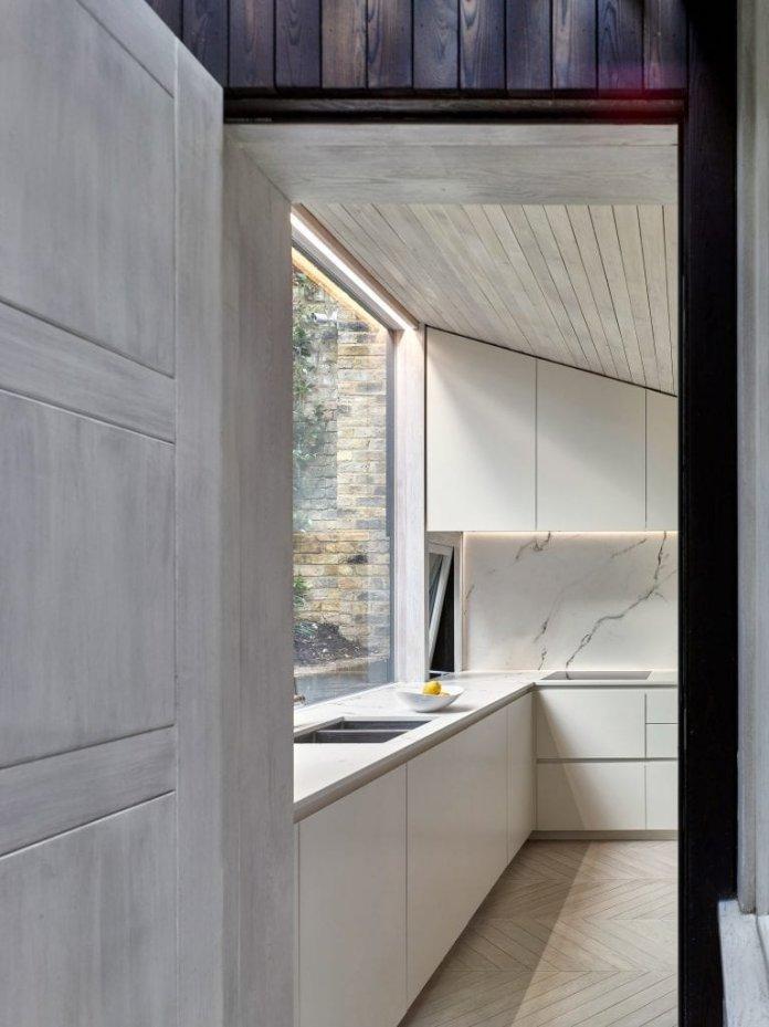 Bố trí tủ bếp hình chữ L với nhiều không gian sử dụng thiet ke tu bep hinh chu l 3