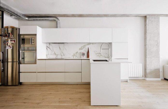 Bố trí tủ bếp hình chữ L với nhiều không gian sử dụng thiet ke tu bep hinh chu l 9