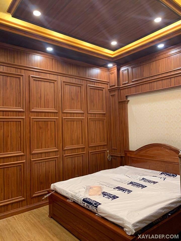 05   trần nhựa giả gỗ cao cấp cho phòng ngủ