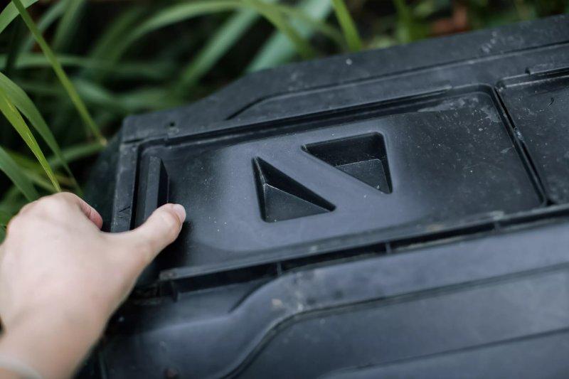 đóng chặt nắp thùng ủ giúp ngăn chuột đột nhập